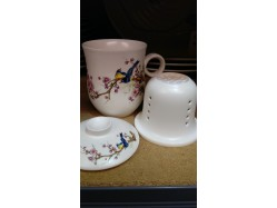 Chinese Magpie and Blossom Mug with Lid and Infuser