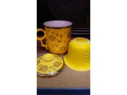 Chinese Yellow Mug with Lid and Infuser
