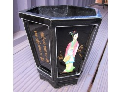 Hexagonal Wooden Planter - Black with Chinese Ladies