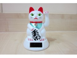 White Solar Powered Lucky Cat